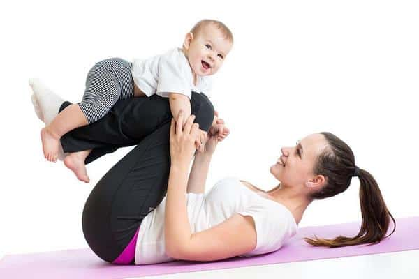cách giảm cân sau khi sinh em bé